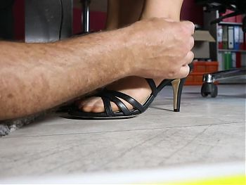 Visit to the secretary in the office
