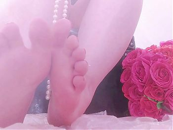 sensual and aesthetic foot fetish