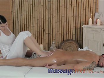 Massage Rooms-feet to seduce client